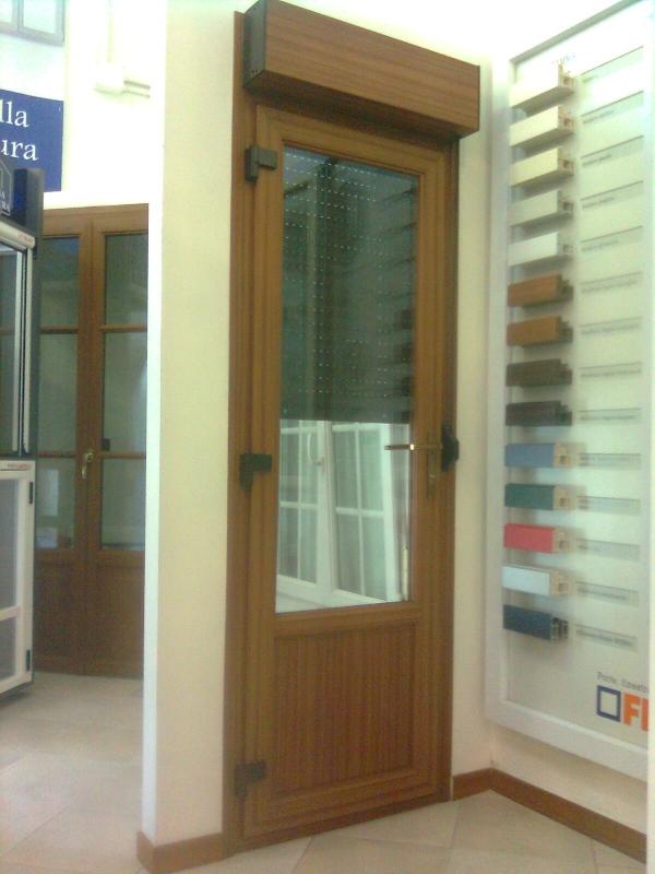 Porta finestra pvc finstral douglas casabellacasasicura for Porta finestra pvc